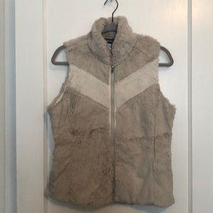 Women's Patagonia fur vest